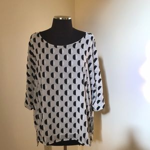 NWT! Vince Camuto Large ivory S/S Blouse